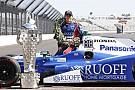 IndyCar Сато стал мужчиной года по версии японского GQ