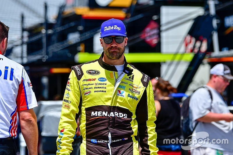 Paul Menard leads Friday Cup practice at Pocono