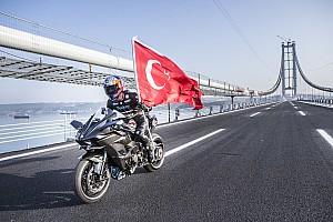 TÜRK SPORCULAR Son dakika Ve Kenan Sofuoğlu 400 km/s rekorunu kırdı!