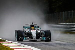 Fórmula 1 Relato de classificação Hamilton dribla chuva e se torna maior pole da história