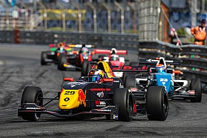 Formule Renault Special feature