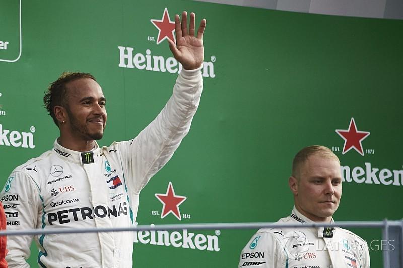 Mercedes відкладе командні накази якомога далі