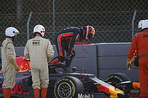 GALERI: Insiden Gasly-Albon pada hari kedua tes F1