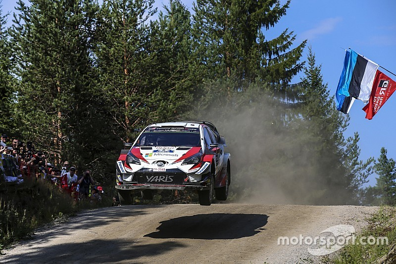 WRC Finland: Tanak wint, Neuville beperkt schade