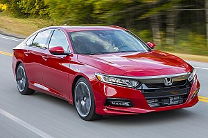 OTOMOBİL Özel Haber 2018 Honda Accord İlk Sürüş: SUV Anahtarlarını Bırakın