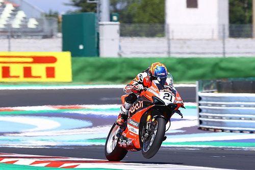 Rinaldi passeert Razgatlioglu en wint ook Superpole-race Misano