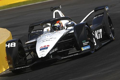 Мортара стал лидером Формулы Е после победы в Пуэбле