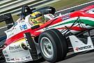 Гюнтер выиграл третью гонку в Зандфорте