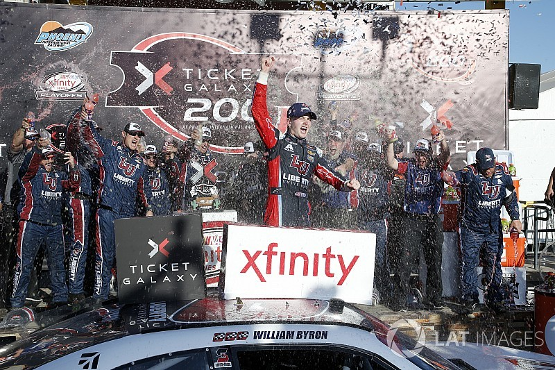 William Byron finds Phoenix redemption with Xfinity win