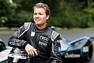Fórmula E GALERIA: Rosberg faz apresentação com novo carro da F-E