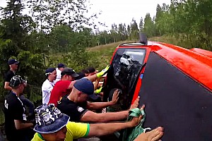 Automotive Breaking news Watch these rally fans help 15 cars at Neste Rally Finland