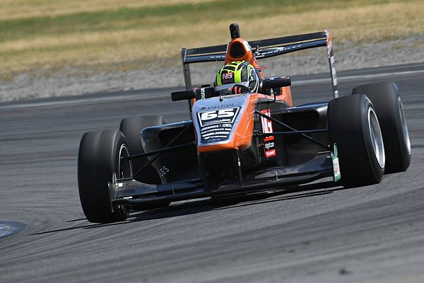 Other open wheel Hampton Downs TRS: Ahmed claims maiden win in Verschoor battle