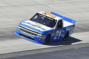 NASCAR Truck Últimas notícias Sauter segura pressão de Grala no fim e vence em Dover