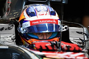 "Grosjean ""fed up"" with negative radio message broadcasts"