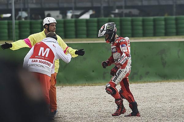 MotoGP Lorenzo csak egy pillanatra nem figyelt, és már megvolt a baj