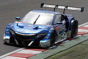 スーパーGT 速報ニュース 【スーパーGT】鈴鹿決勝:折り返しを過ぎ、17号車KEIHIN首位快走