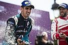 Formule E Formule E Parijs: Buemi wint, Frijns zesde na knotsgek slot