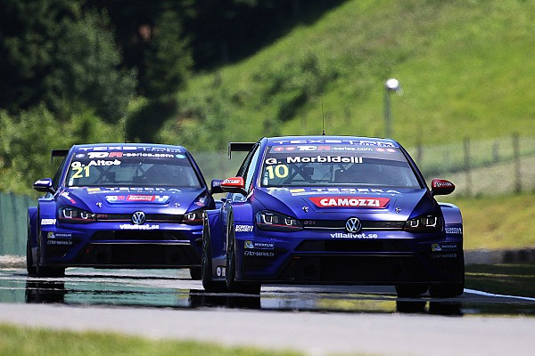 TCR Gianni Morbidelli back on pole after 14 months