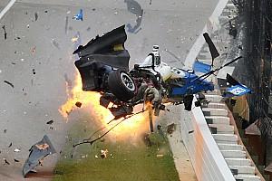 IndyCar Самое интересное Безумная авария Диксона на Indy 500: история словами фотографа
