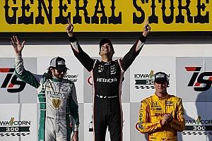 IndyCar Репортаж з гонки IndyCar в Айові: Кастроневес здобув першу перемогу за три роки