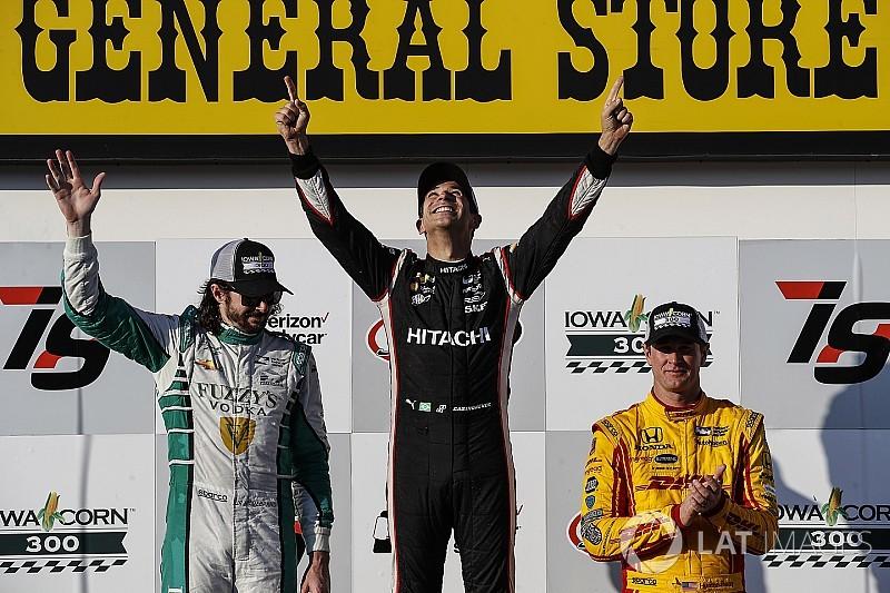 IndyCar Iowa: Castroneves zegeviert voor het eerst in drie jaar