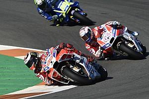 """MotoGP 速報ニュース ロレンソ、""""チームオーダー無視""""はドヴィツィオーゾにベストな選択"""