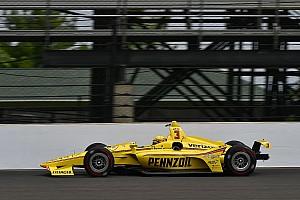 IndyCar Verslag vrije training Indy 500: Penske-rijders aan kop na eerste trainingsdag