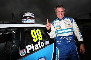 BTCC Qualifying report Knockhill BTCC: Plato takes last-gasp pole for his 500th start