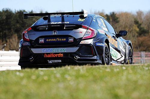 Shedden tops BTCC Silverstone test on Dynamics return