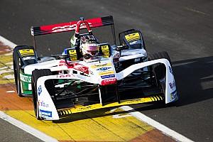 Формула E Отчет о гонке Ошибка Мортары на последних кругах принесла Абту победу в Гонконге