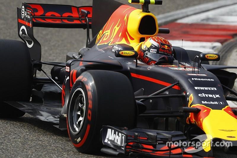 Verstappen szívesen elcseréli a Nap versenyzője címet Hamiltonnal