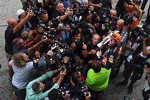 Fórmula 1 Artículo especial La historia detrás de la foto: Max se lleva toda la atención