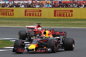 Formule 1 Nieuws Horner meent dat Verstappen 'stevig maar fair' gevochten heeft tegen Vettel