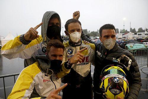 BMW na pole position