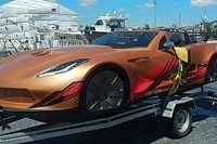Szép ez a Corvette? Igazából ez egy motorcsónak