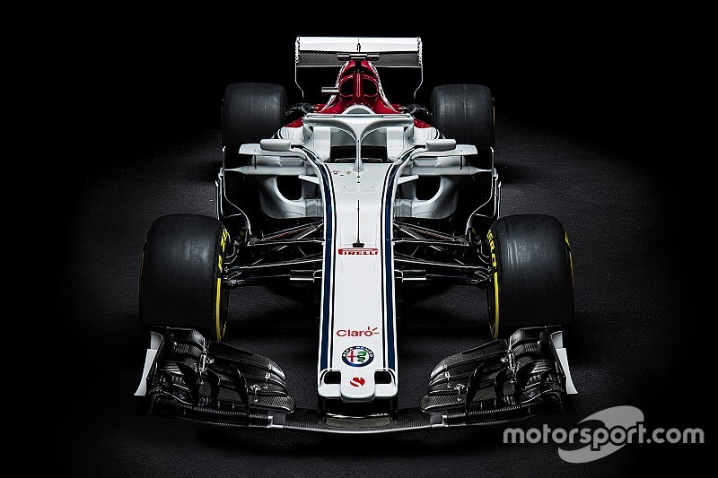 Analisi Alfa Romeo Sauber C37:  pance e sospensioni con scelte ardite