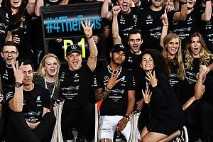 Forma-1 Interjú Hamilton: Bottas legalább nem akarja a csapattagokat ellenem fordítani