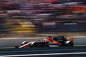 McLaren, Abu Dhabi lastik testlerinde iki araçla çalışacak