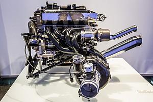 Бывший глава Pirelli в Ф1 предложил повысить мощность машин до 1500 л.с.