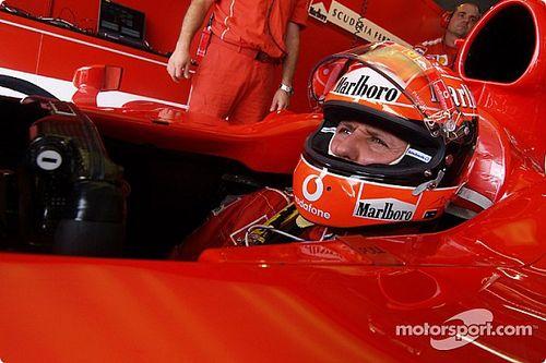"""Amikor Michael Schumacher bemutatta Mattia Binottót a """"világnak"""" (videó)"""