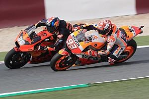El propietario de KTM cree que Márquez ganaría con su moto