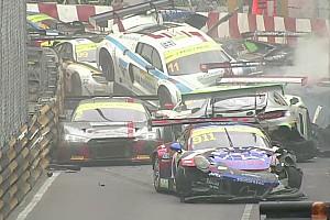 Гонка Кубка GT на Гран Прі Макао призупинена після завалу