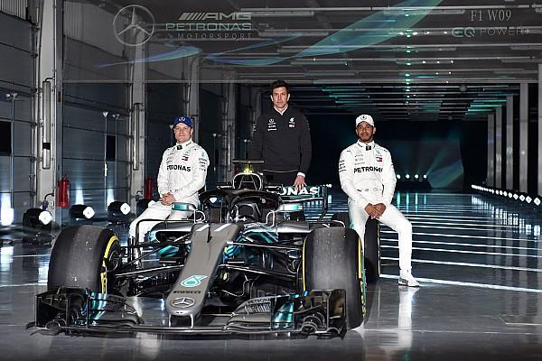 Formula 1 Breaking news Mercedes resmi luncurkan penantang titel F1 2018, W09