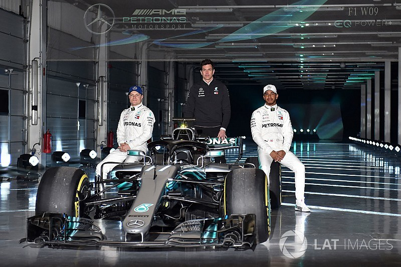 Hamilton confident new Mercedes not a 'diva' like W08