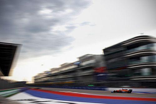 Sainz: jött a szél, az autónk pedig visszaesett a Racing Point és a Renault mögé