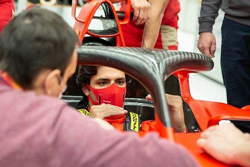 Comunicación por radio fue clave para que Ferrari decidiera por Sainz
