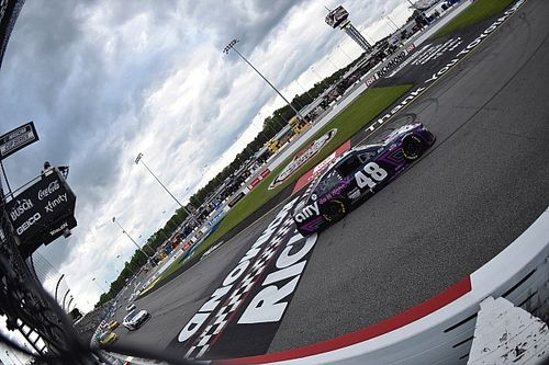 "Hamlin: ""We should have won"" Richmond Cup race"