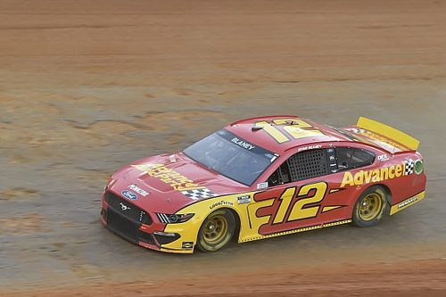 Ryan Blaney tops Friday's final practice at Bristol Dirt Track