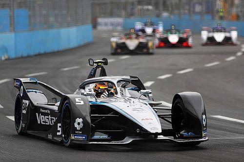 Roma E-Prix sıralama turları: Pole pozisyonu Vandoorne'un oldu, Rowland duvara temas etti