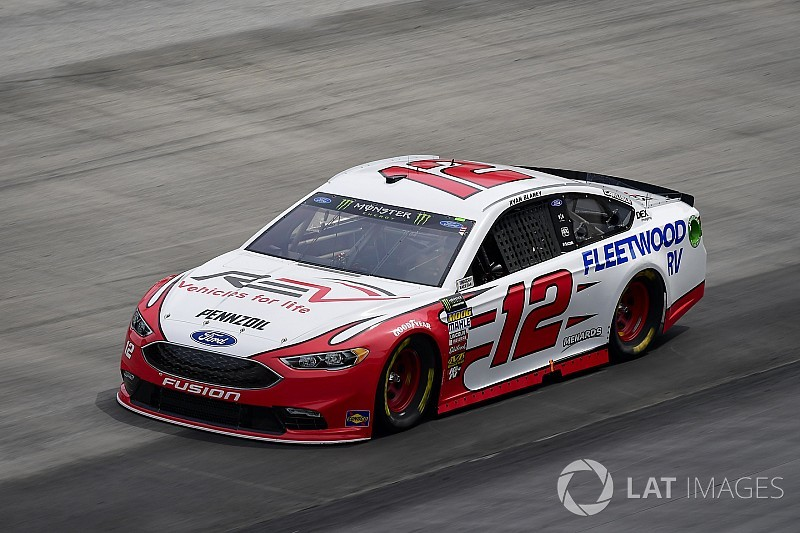 Ryan Blaney fends off Harvick for Stage 1 win at Bristol